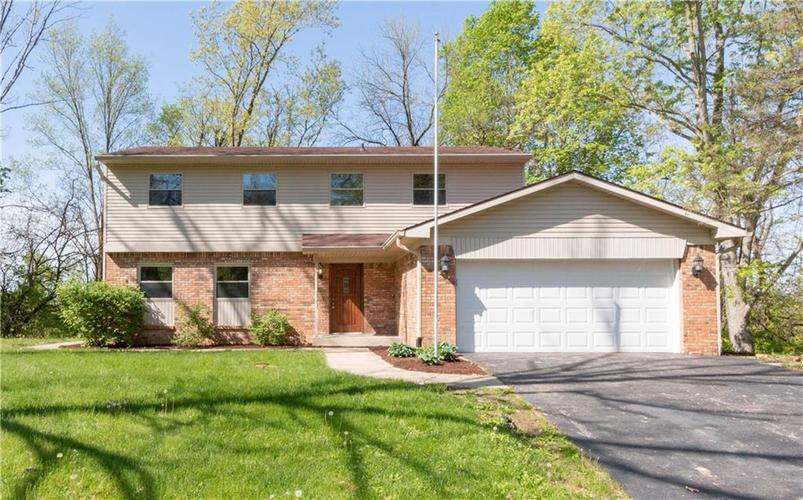 7669 Thorncrest Drive Mooresville, IN 46158   MLS 21671797   photo 1