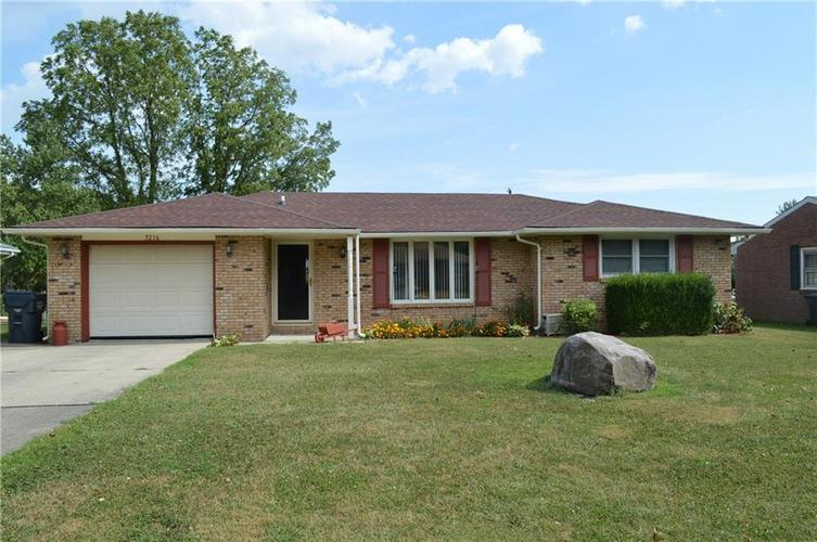 3216  Loral Drive Anderson, IN 46013 | MLS 21671888