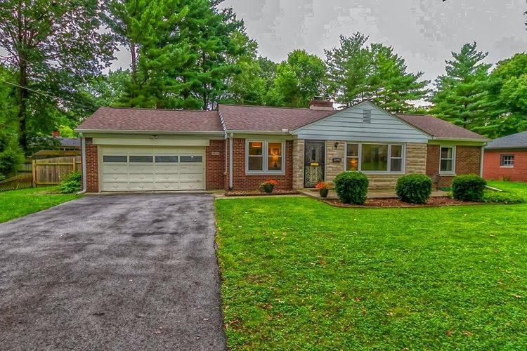 2905  Highwoods Drive Indianapolis, IN 46222 | MLS 21672006