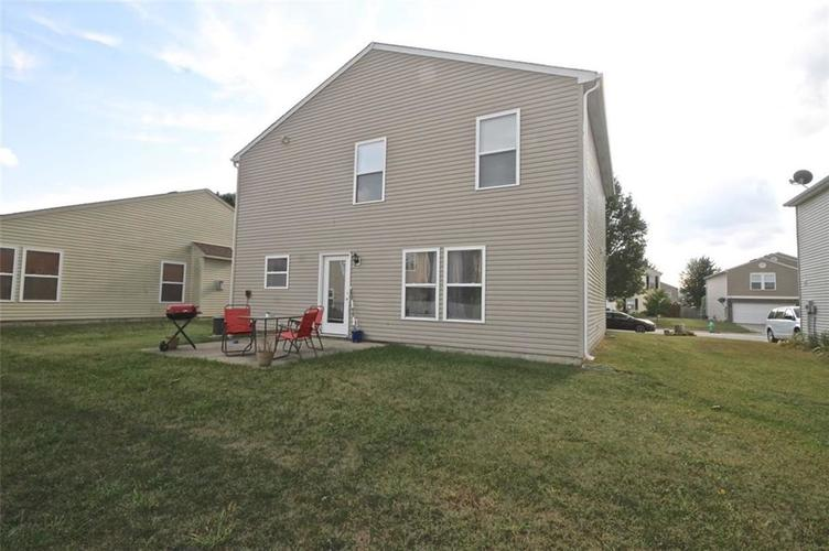 9216 Middlebury Way Camby, IN 46112   MLS 21672073   photo 15
