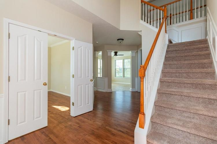 11721 Bennettwood Place Zionsville, IN 46077 | MLS 21672238 | photo 10