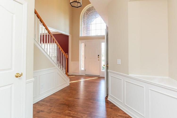 11721 Bennettwood Place Zionsville, IN 46077 | MLS 21672238 | photo 8