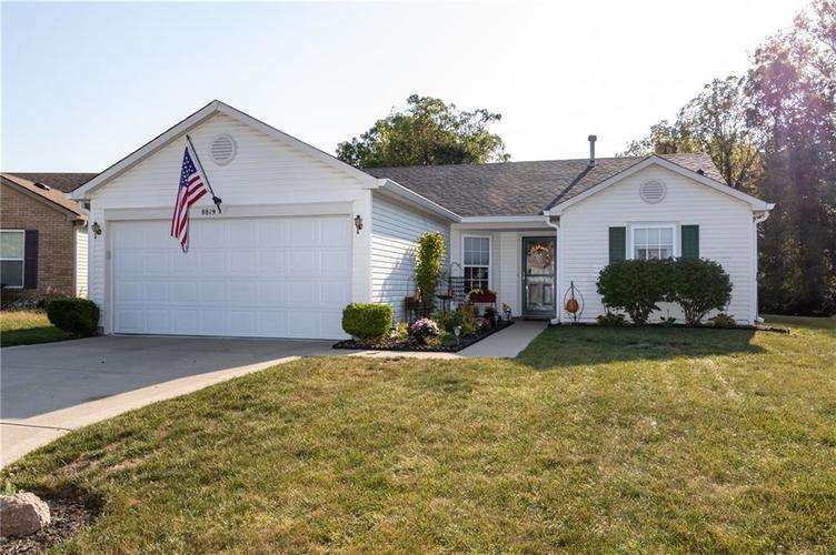 8819 Youngs Creek Lane Camby, IN 46113 | MLS 21672303 | photo 1