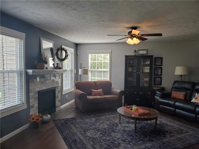 2389 Foxtail Drive Plainfield, IN 46168 | MLS 21672326 | photo 11