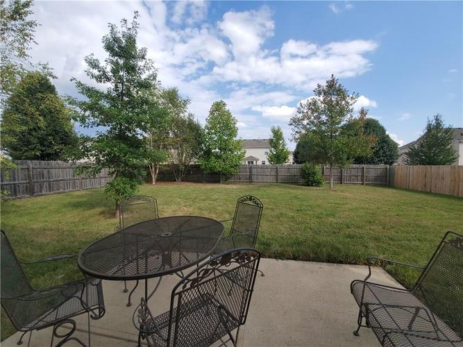 2389 Foxtail Drive Plainfield, IN 46168 | MLS 21672326 | photo 3