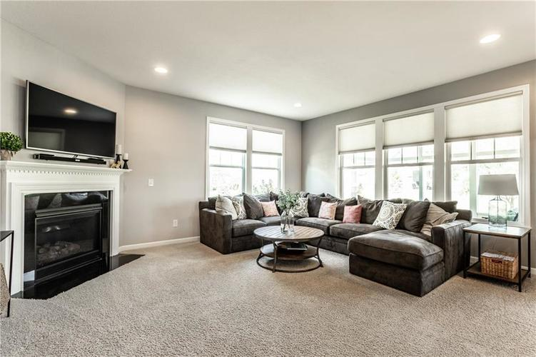 7472 Independence Drive Zionsville, IN 46077 | MLS 21672349 | photo 17