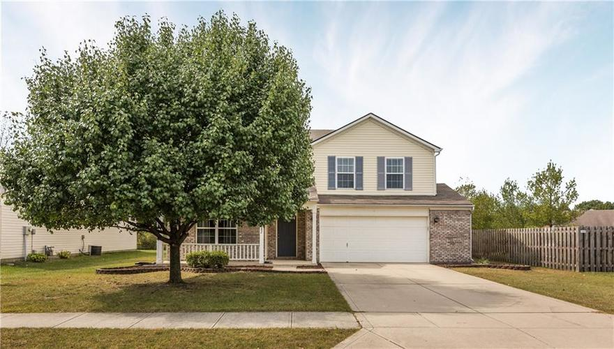 1082  PINE RIDGE Way Brownsburg, IN 46112 | MLS 21672395