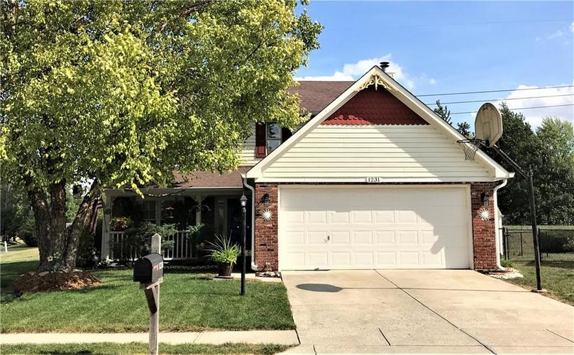 1231 DALE HOLLOW Drive Indianapolis IN 46229 | MLS 21672441 | photo 1