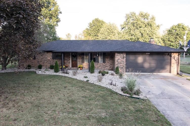 2118  Angie Lane Anderson, IN 46017 | MLS 21672595