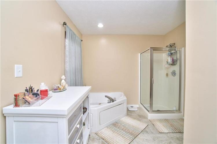13920 N Old Otto Court Camby, IN 46113 | MLS 21672599 | photo 17