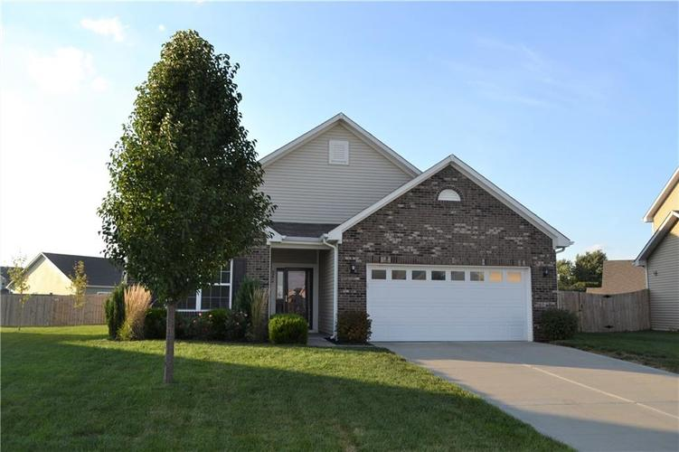 8276 Templederry Drive Brownsburg, IN 46112 | MLS 21672600 | photo 22