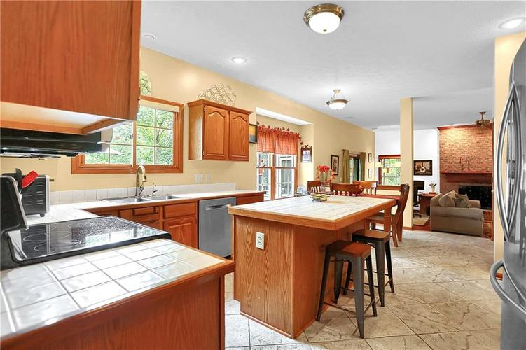 9231 Conway Court Fishers, IN 46037   MLS 21672716   photo 15