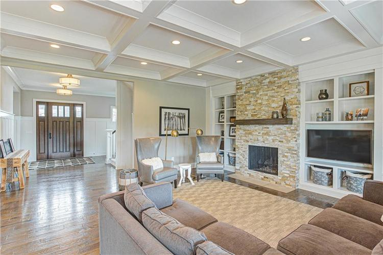 11569 WILLOW BEND Drive Zionsville, IN 46077 | MLS 21672765 | photo 5