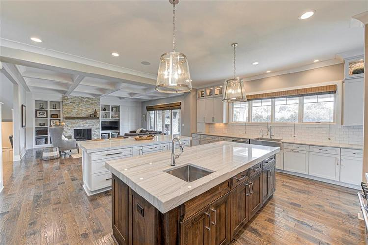 11569 WILLOW BEND Drive Zionsville, IN 46077 | MLS 21672765 | photo 7
