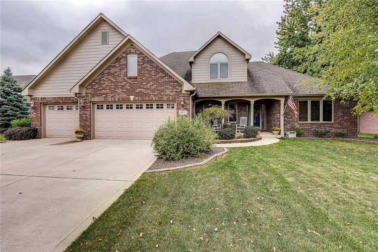 6671 WOODCREST Drive Avon, IN 46123 | MLS 21672770 | photo 1