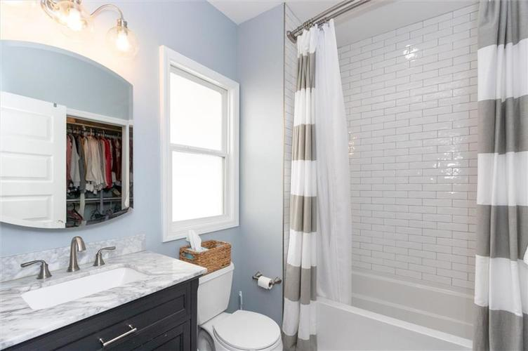 4841 Guilford Avenue Indianapolis, IN 46205 | MLS 21672771 | photo 10