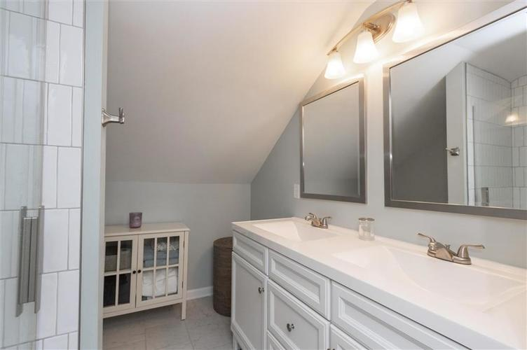 4841 Guilford Avenue Indianapolis, IN 46205 | MLS 21672771 | photo 13