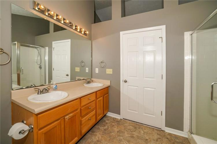 10888 Washington Bay Drive Fishers, IN 46037 | MLS 21672984 | photo 22