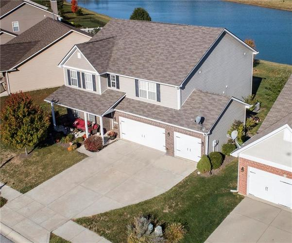 4304 Amesbury Place Westfield, IN 46062 | MLS 21673025 | photo 1