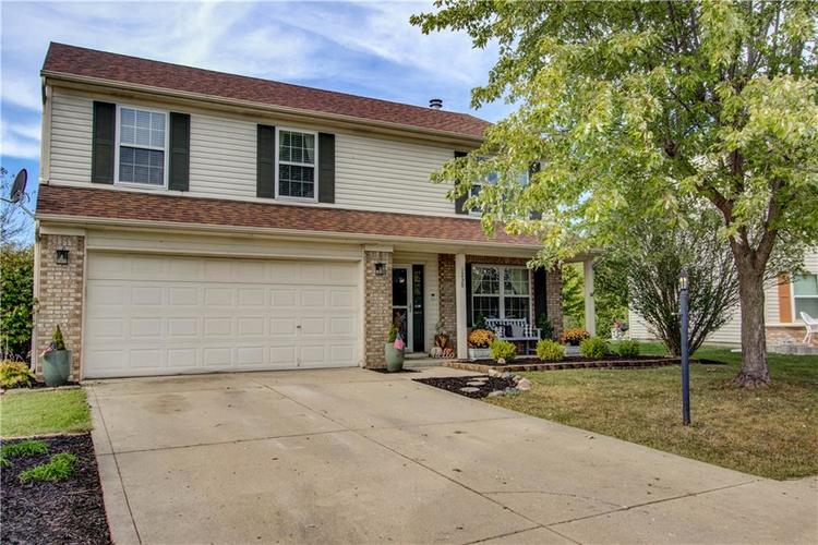 1238 Blue Grass Parkway Greenwood, IN 46143 | MLS 21673116 | photo 1