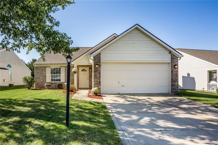 12313  Carriage Stone Drive Fishers, IN 46037 | MLS 21673160