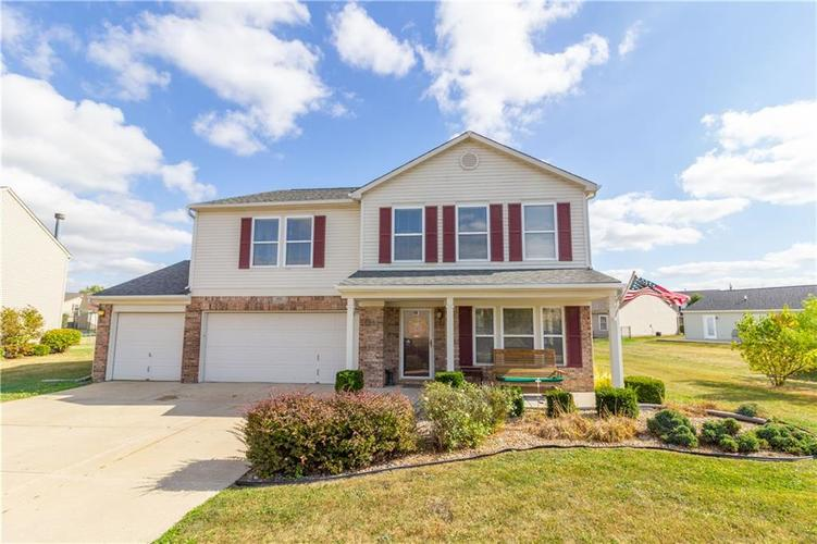 909  Rosemary Circle Greenfield, IN 46140 | MLS 21673353