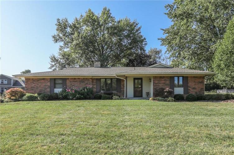3955 Shadow Hill Court Greenwood, IN 46142 | MLS 21673358 | photo 2