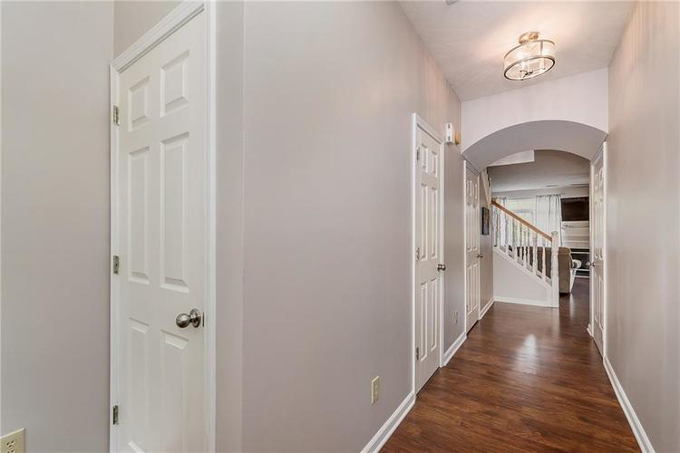 11336 Fonthill Drive Indianapolis, IN 46236   MLS 21673387   photo 4