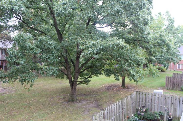 6513 Park Central Drive W #C Indianapolis, IN 46260   MLS 21673428   photo 26