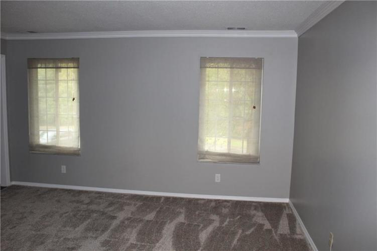 6513 Park Central Drive W #C Indianapolis, IN 46260   MLS 21673428   photo 7