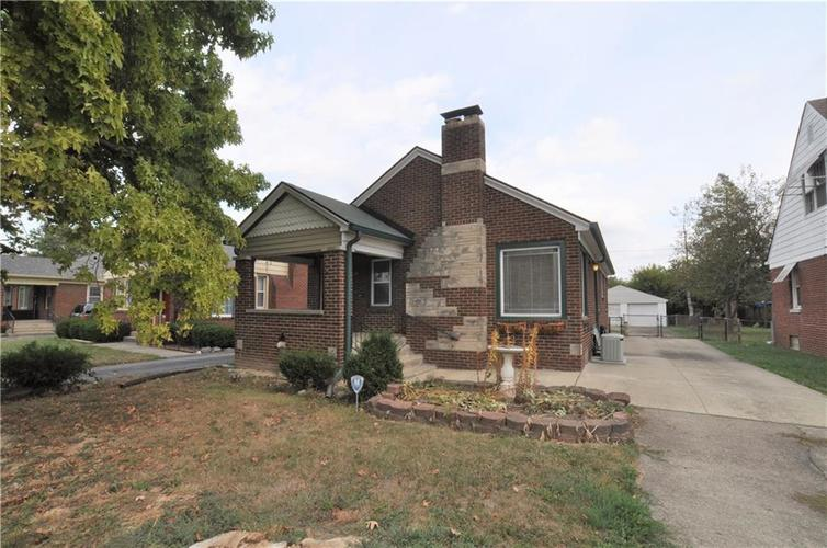 1429 N Emerson Avenue Indianapolis IN 46219 | MLS 21673451 | photo 1
