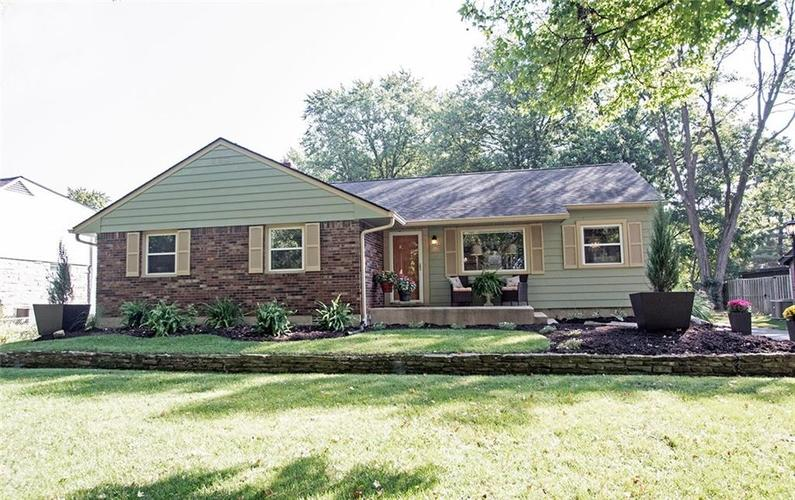 6561 E Pleasant Run Parkway South Drive Indianapolis IN 46219 | MLS 21673515 | photo 1