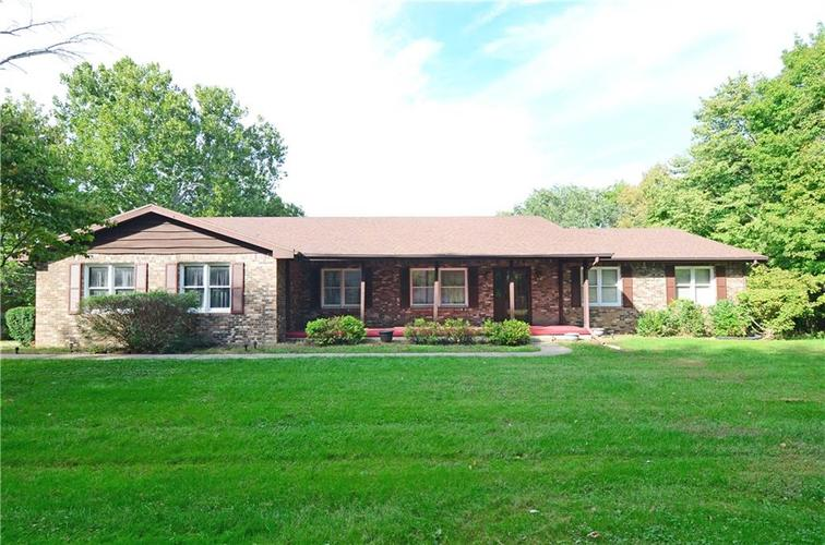 122 N COUNTRY CLUB Terrace Crawfordsville, IN 47933 | MLS 21673521