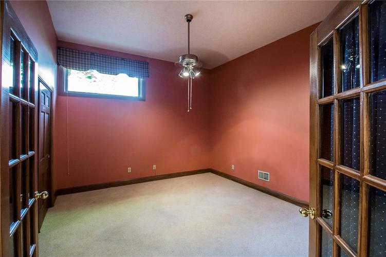 8528 Tidewater Drive Indianapolis, IN 46236 | MLS 21673549 | photo 22