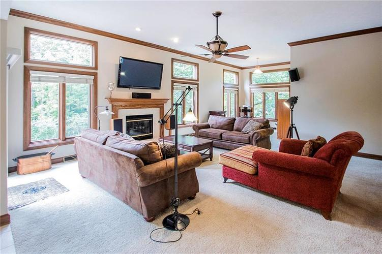8528 Tidewater Drive Indianapolis, IN 46236 | MLS 21673549 | photo 5