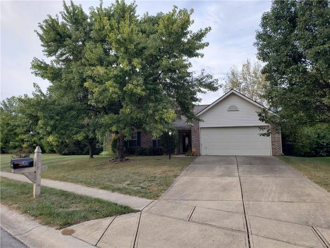 4602 Lost Tree Drive Indianapolis IN 46268 | MLS 21673560 | photo 1