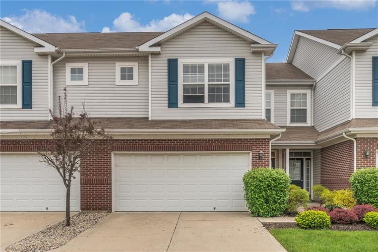 10910 Perry Pear Drive Zionsville, IN 46077 | MLS 21673580 | photo 1