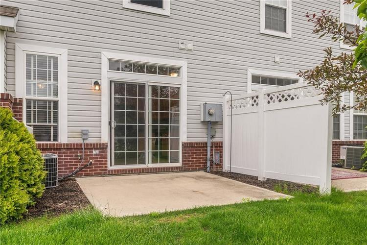 10910 Perry Pear Drive Zionsville, IN 46077 | MLS 21673580 | photo 20