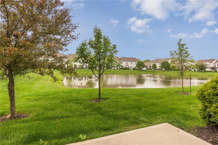 10910 Perry Pear Drive Zionsville, IN 46077 | MLS 21673580 | photo 22