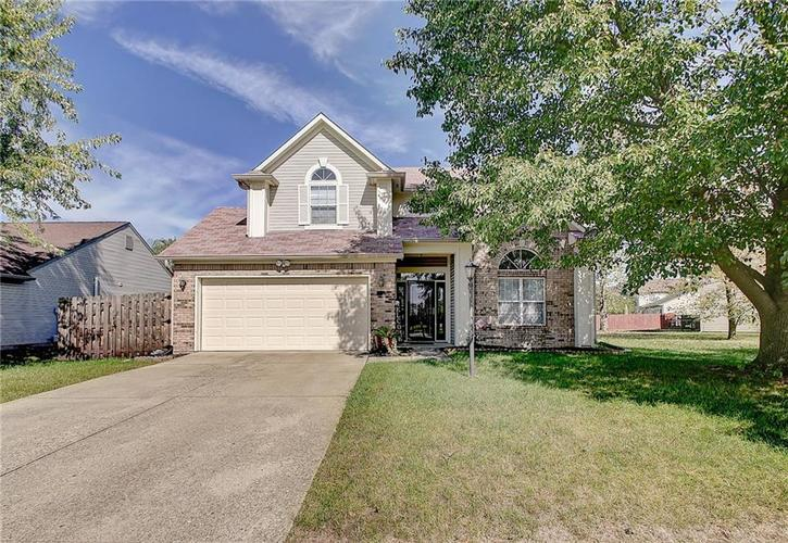 7846  Bent Willow Drive Indianapolis, IN 46239 | MLS 21673593