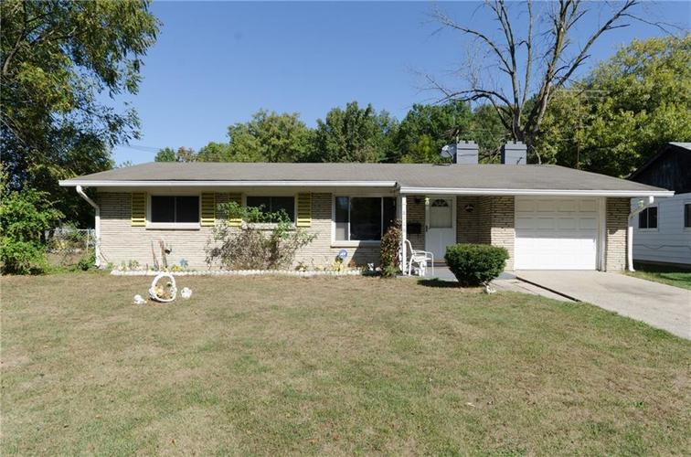 8116 E 37th Place Indianapolis, IN 46226 | MLS 21673604 | photo 1
