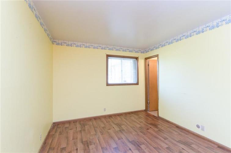 8116 E 37th Place Indianapolis, IN 46226 | MLS 21673604 | photo 12
