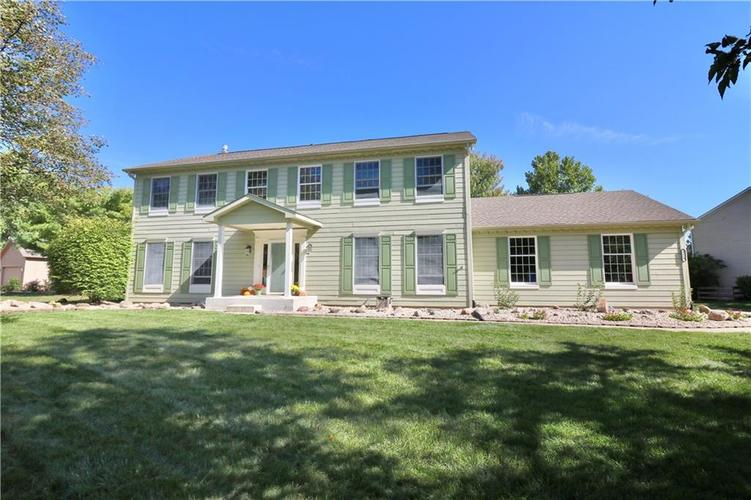 8419 Eastbay Drive Indianapolis, IN 46236 | MLS 21673615 | photo 1