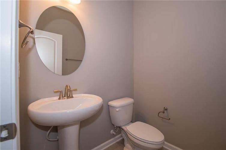6309 Harvey Drive Plainfield IN 46168 | MLS 21673617 | photo 7