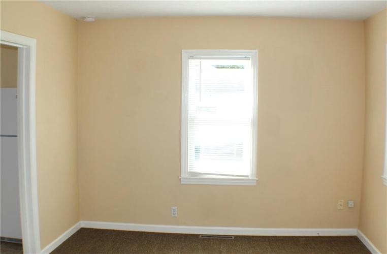 1615 E Southport Road Indianapolis IN 46227 | MLS 21673667 | photo 14