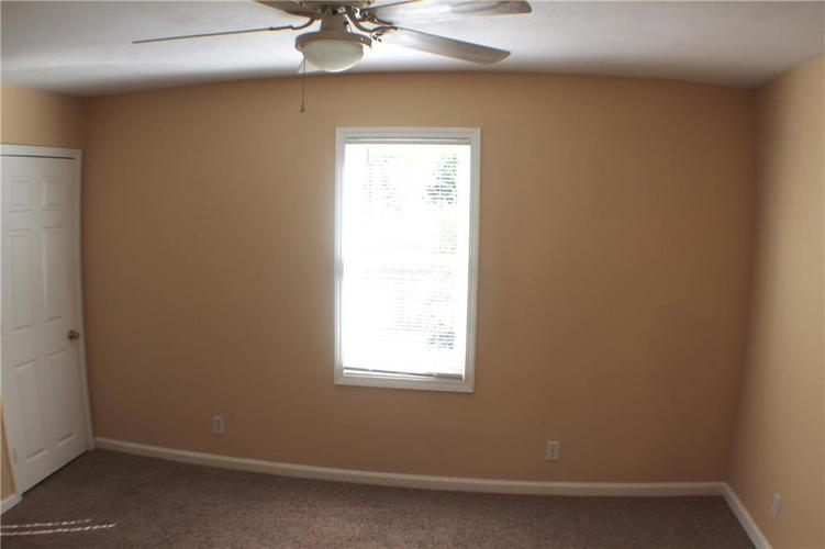 1615 E Southport Road Indianapolis IN 46227 | MLS 21673667 | photo 16