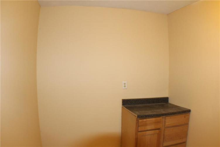 1615 E Southport Road Indianapolis IN 46227 | MLS 21673667 | photo 21