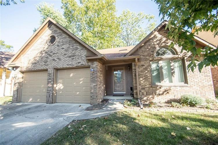 3474 Hickory Lane W Indianapolis, IN 46214 | MLS 21673791 | photo 2