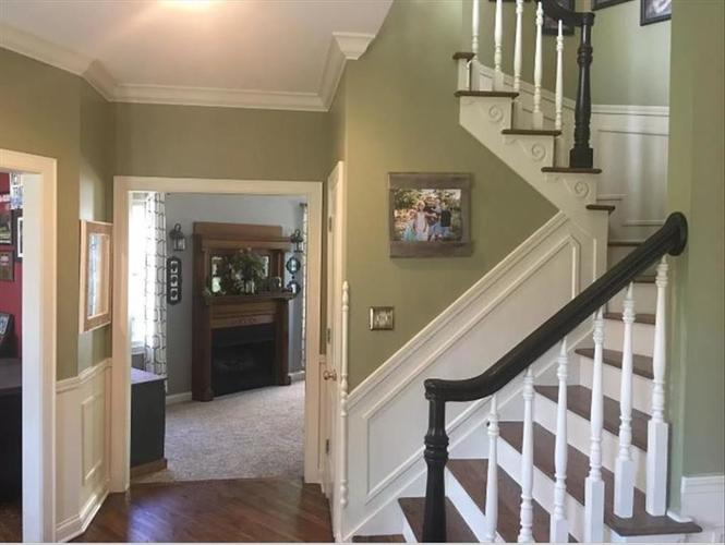 2428 WHISPERING WAY Indianapolis, IN 46239   MLS 21673840   photo 13