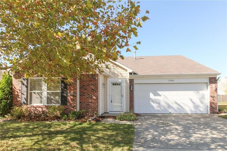 5706 Grassy Bank Drive Indianapolis, IN 46237   MLS 21673841   photo 1